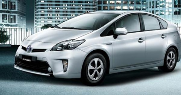 Toyota Prius Hybrid Car Launched By Indus Motors In Pakistan