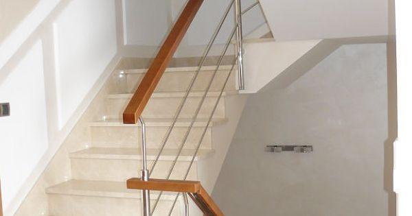 Frisos de madera en escaleras decorar tu casa es - Escaleras de madera ikea ...