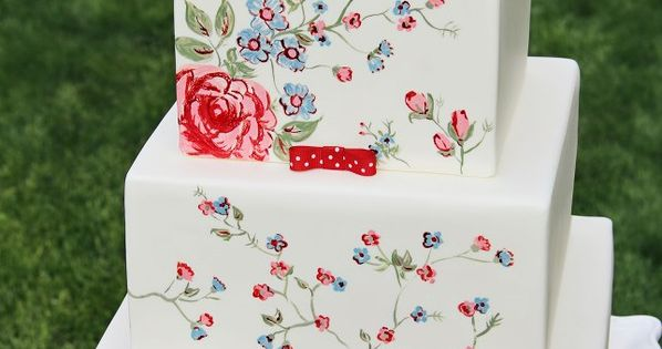 Another gorgeous hand-painted cake. I love this color scheme, and especially those