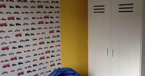 Jongenskamer peuterkamer stoere kamer grijs geel for Interieur ideeen jongenskamer