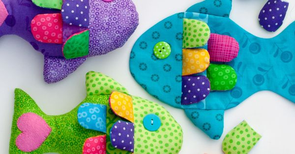 Little Fishy Pattern and Tutorial. These would make cute bean bags.