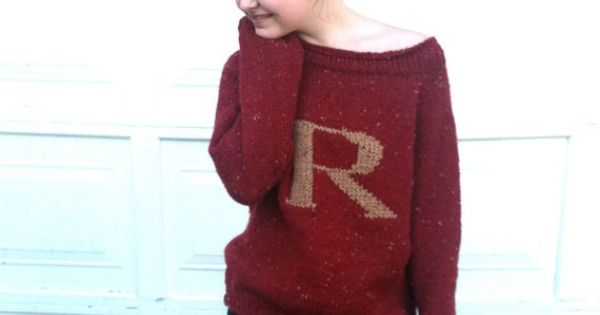 OMG RON WEASLEY'S SWEATER! I want. o-o