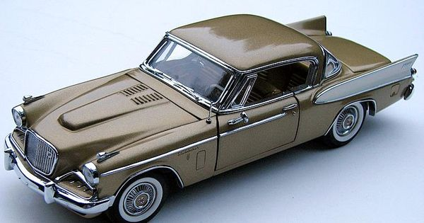 Danbury+Mint+Diecast+Cars   Danbury Mint 1:24 1957 Studebaker Golden Hawk diecast car   Danbury ...