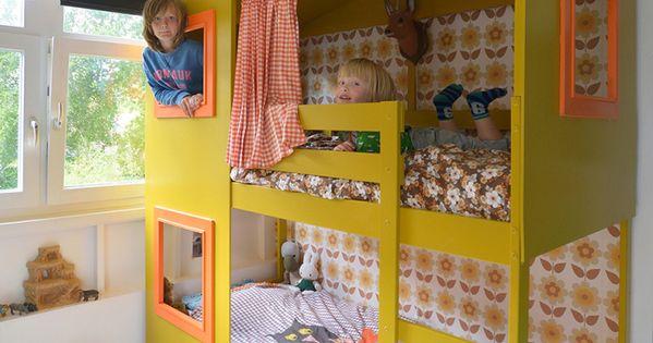 Lit double jaune esprit cabane yellow kidsroom kids room pinterest pour enfants child - Kinderkamer coloree ...