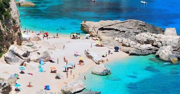 The 25 Most Beautiful Places Around The World To Go Snorkelling Turquoise Sardinia And Italy