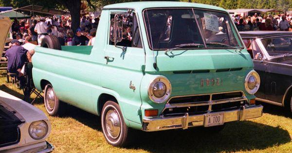 Loud Pop Voyager Classic Trucks Van Classic Cars