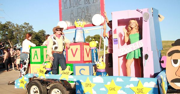 parade floats about toys