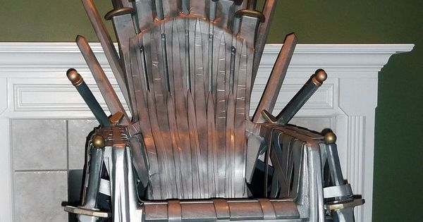 Forge a 39 game of thrones 39 iron throne from a plastic lawn for Buy iron throne chair