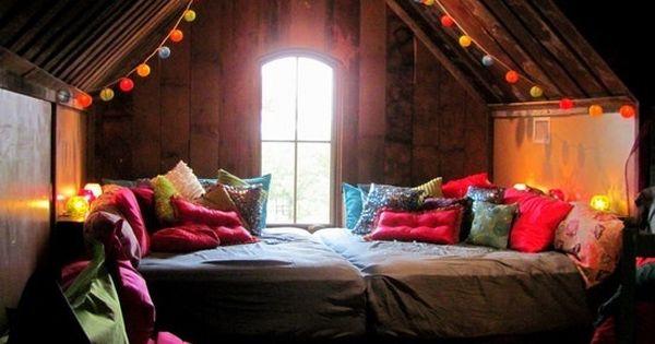 attic bedroom & throw pillow ideas