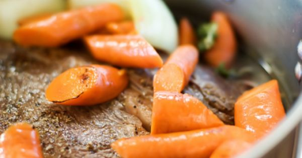 Perfect Pot Roast | The Pioneer Woman Cooks | Ree Drummond... in