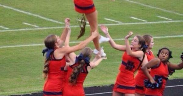 Cheerleader craps on teammates