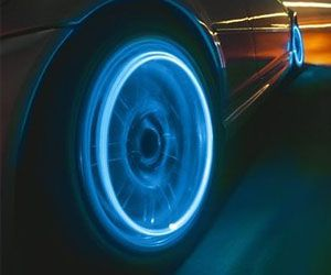 4 x LONG VALVE DUST CAP TYRE COLOUR LED NEON CAR BIKE WHEEL LIGHTS SAFETY