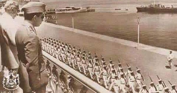 صورة نادرة لجلالة الملك فيصل الثاني رحمه الله وهو يستعرض القوات البحرية التركية في تركيا عام ١٩٥٧م Political History Iraq