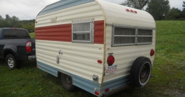 Playmor 1969 10 Foot Vintage Camper Trailer 10 Foot Easy To Tow Ready To Camp Vintage Travel Trailers Vintage Campers Trailers Vintage Camper