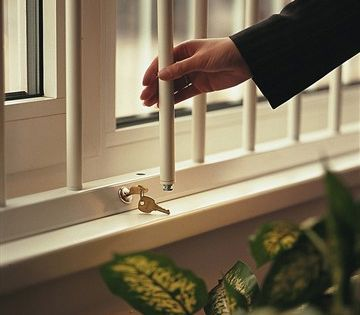 Removable Security Bars Lockabar Removable Window Security Bars Homesecuritysystems Window Security Window Security Bars Diy Home Security
