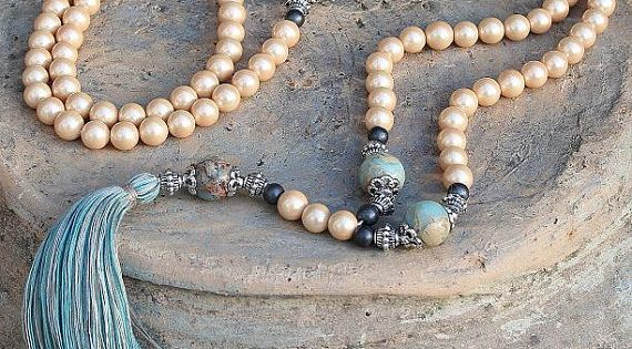 Beautiful Pearl Mala decorated with a tassel - Made by look4treasures