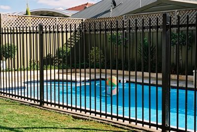 Picture Of Pool Fence Pool Fencing Half Price Fencing Is Committed To Provide You With The Pool Fence Cool Pools Mesh Pool Fence