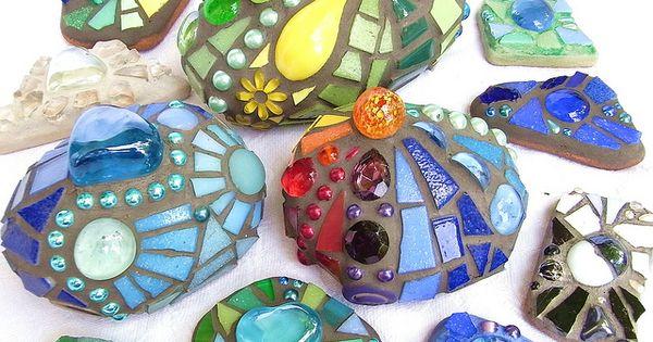 stenen met glas mozaiek