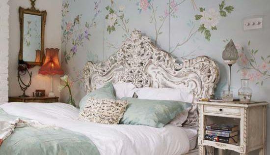 Stunning Vintage Bedroom Ideas: Modern Wallpaper Design Idea In Blue For Vintage