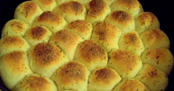 Dutch Oven Madness! A blog by a woman who cooked for a