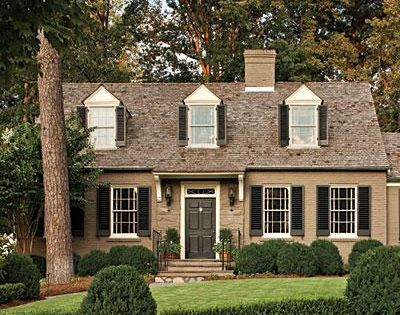 Exterior paint colors for light brick homes exterior for Light brown house