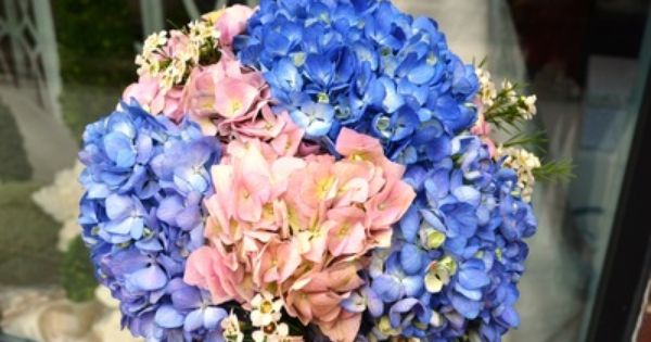 Perfect Wedding Flowers by Monday Morning Flowers - Weddings by Monday Morning Flowers