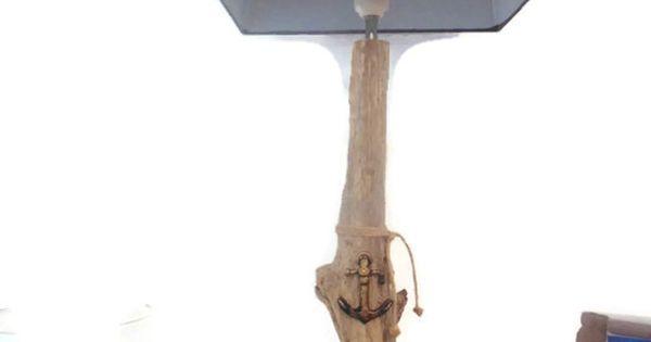 Lampe en bois flott grand mod le abat jour rectangle for Lampe en bois flotte creation