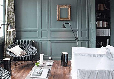 Magnifique Couleur De Boiseries Qui S 39 Allie Merveille   Parquet Flottant  Couleur Bleu .