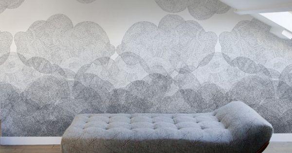 Un papier peint noir et blanc pour un mur l gant papier for Papier peint nuage