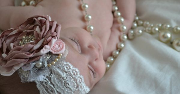 Beautifully handmade baby girl headband. Perfect for your new little sweetie and