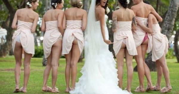 seriously that is bridesmaid love....how many girls out there would flash cheek