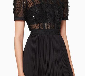 فستان قصير قماش شبكي مطرز بترتر وأكمام منفوخة فساتين فستان اسعار ماركات عالمية فخمة راقية سيلف بورتريت Dresses Black Dress Fashion