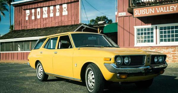 1973 Toyota Corona Mk Ii Ours Was Green Six Cylinder Torsion Bar Suspension Man Could Go And Corner Toyotaclassiccars Toyota Corona Toyota Classic Cars