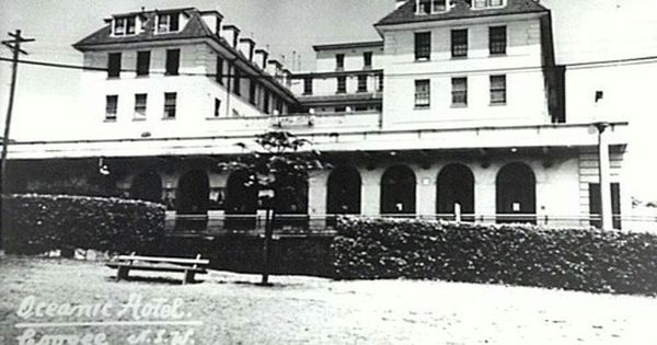 The Oceanic Hotel On The Corner Of Carr And Arden Streets Coogee
