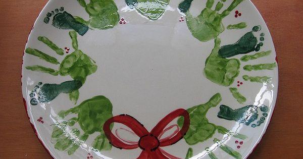 Tooooo cute!!! Grandparent gift - handprint wreaths but on a plate! or