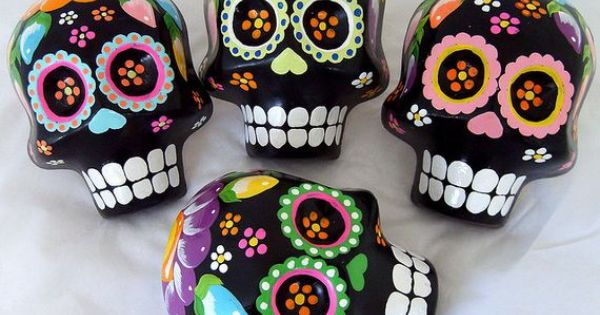 candy skulls, day of the dead, dia de los muertos, skulls, sugar