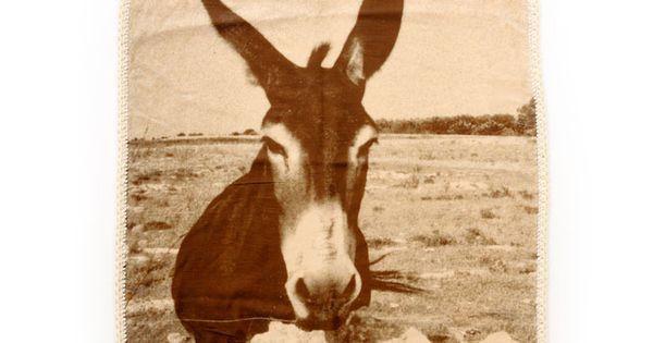 Ikou Tschuss Donkey Blanket