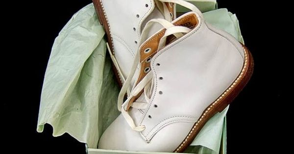 The kind of Stride Rite shoes I wore as a toddler. 1950's ...