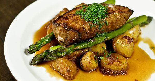 Foie de veau de lait po l pommes de terre fondantes au bacon asperges de danny st pierre - Cuisiner le foie de veau ...