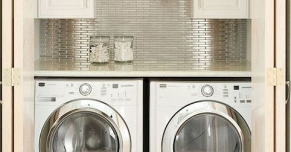 love this laundry closet!!! / 세탁실.......불가능하겠군.  For the Home ...
