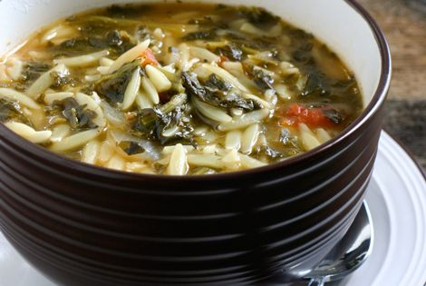 Spinach Tomato Orzo Soup - I adjusted the recipe, using a yellow