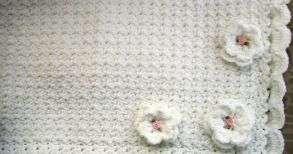 decorative pattern for crochet baby blankets Scalloped ...