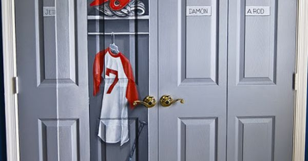 boys room closet painted to look like locker for sports theme bedroom