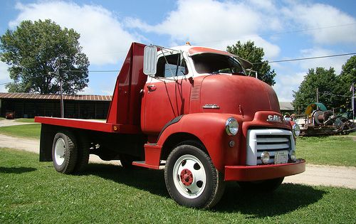 An Old Gmc Flat Back Gmc Big Trucks Trucks