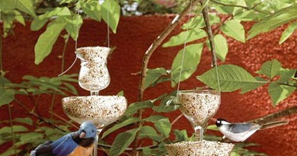 Wine glass bird feeders dishfunctional designs the for Dishfunctional designs garden
