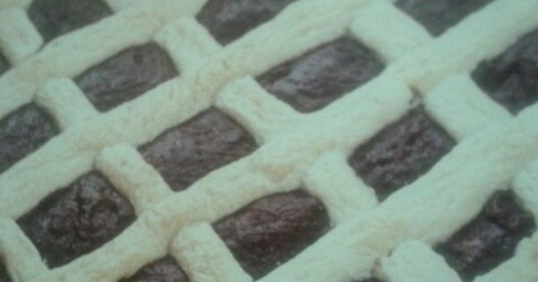 Oreo And Peanut Butter Layered Baby Lattice Pies Recipe — Dishmaps