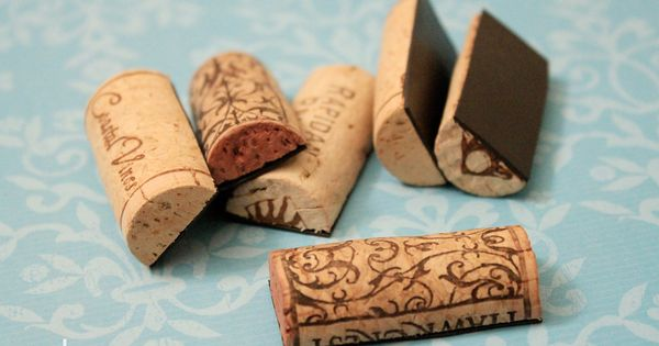 Wine Cork Magnets... Cute idea
