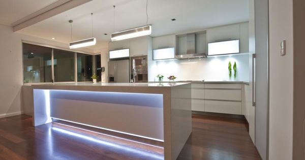 Led Lights In Island Bench Homes By Dalessio Builder