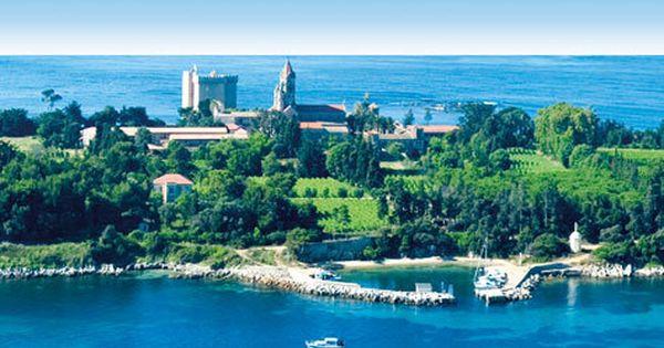 Bateau Pour L Ile Saint Honorat Iles De Lerins Depuis Cannes Cannes Bon Plan Iles De Lerins Ville France Cannes