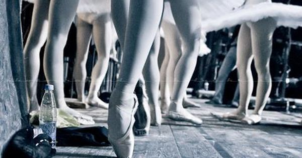 Swan Lake | BALLET | POINTE SHOES | DANCE | re-pinned by